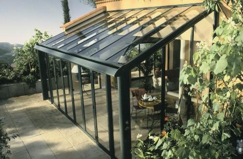 Veranda veranda matkopen fen tres ch ssis et portes for Toit en verre pour terrasse